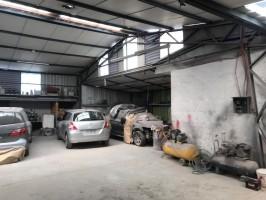 Propiedad Comercial - La Cisterna - Galpón = Oficinas más Bodega