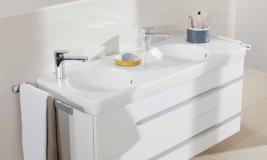 Renueva el cuarto de baño con accesorios decorativos